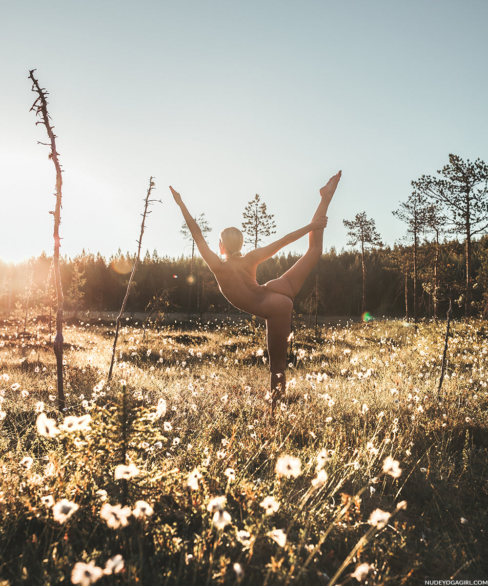 Nude Yoga In Lapland-7287