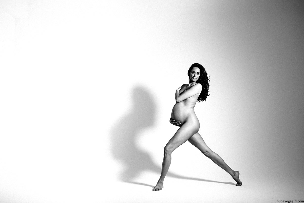 nude yoga pregnancy photoshoot in new york for photography