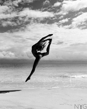 Yoga art - Artistic Dancer Jump Art Print