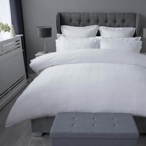 Belledorm-Hotel Union Square Duvet Set White | Eve & Ranshaw