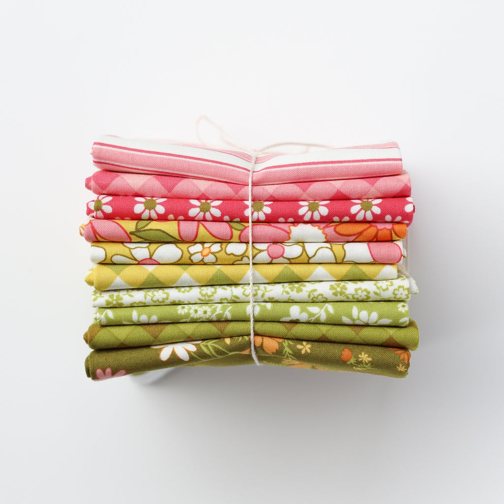 Fat Quarter Bundle - Maureen McCormick - A Blooming Bunch - 10 pieces