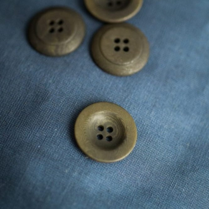 Merchant & Mills - Matte Corozo Button - Khaki - 22mm