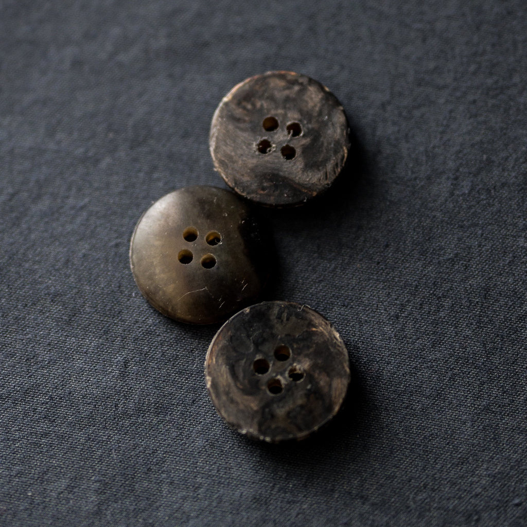 Merchant & Mills - Recycled Resin Button - Moorland - 20mm