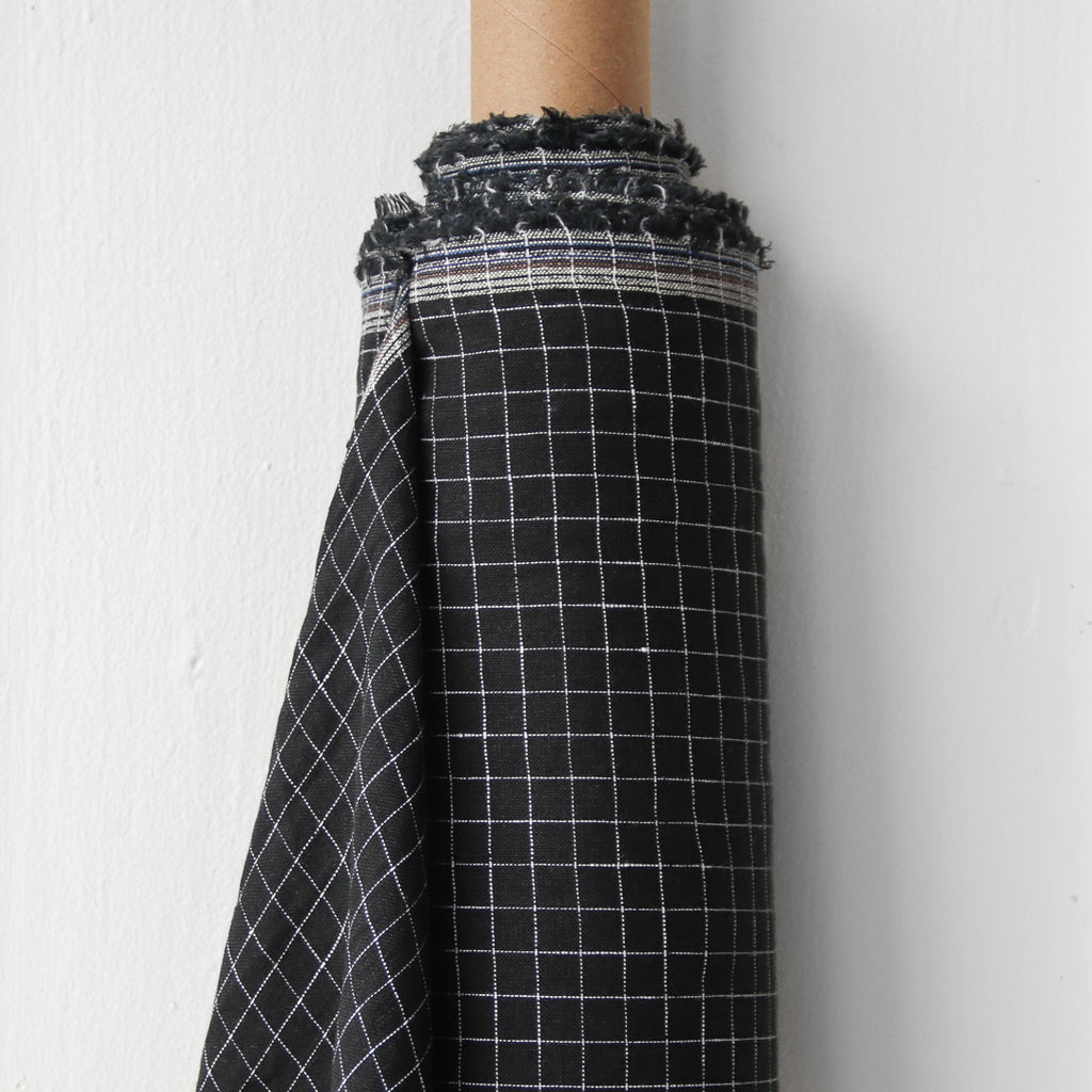 1/2m Linen - Lightweight Yarn Dyed Check - Grid - Black