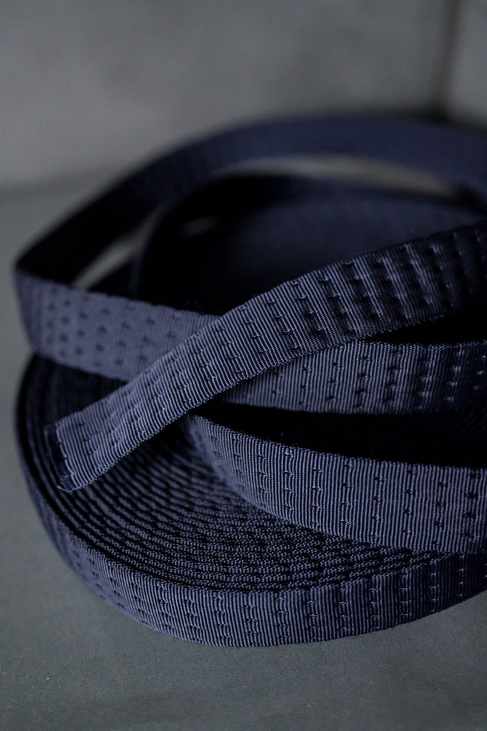 1/2m Merchant & Mills - Stitched Webbing - Navy - 40mm