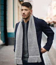 Load image into Gallery viewer, Beechfield Classic Knitted Scarf
