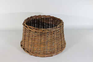 UK-Gardens Small Natural Brown Willow Christmas Tree Skirt Stand Cover 37x31x20
