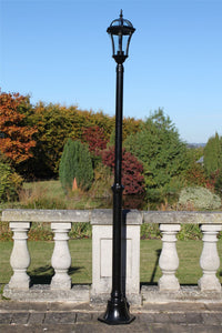 Traditional Garden Lamp Post - Single