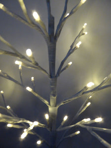 UK-Gardens 60cm WHITE Flat Twig Tree BO WW Lights