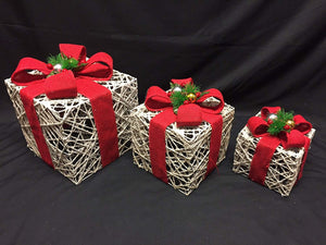 Large White Rattan With Red Bow Bells and Berries Light Up Christmas Parcels Set With LED Lights Indoor Outdoor Decoration - Battery Operated