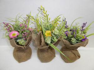 UK-Gardens - Artificial 20cm Purple Daisies in a Hessian Wrap Pot