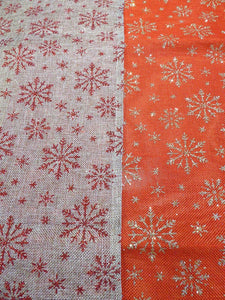 180 x 35cm Red SNOWFLAKE on Gold Table Runner