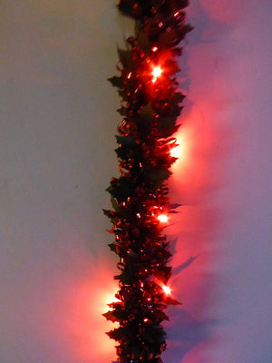UK-Gardens 2m Prelit Holly Tinsel Garland - Battery Operated - Gold, Red, White. (Red)