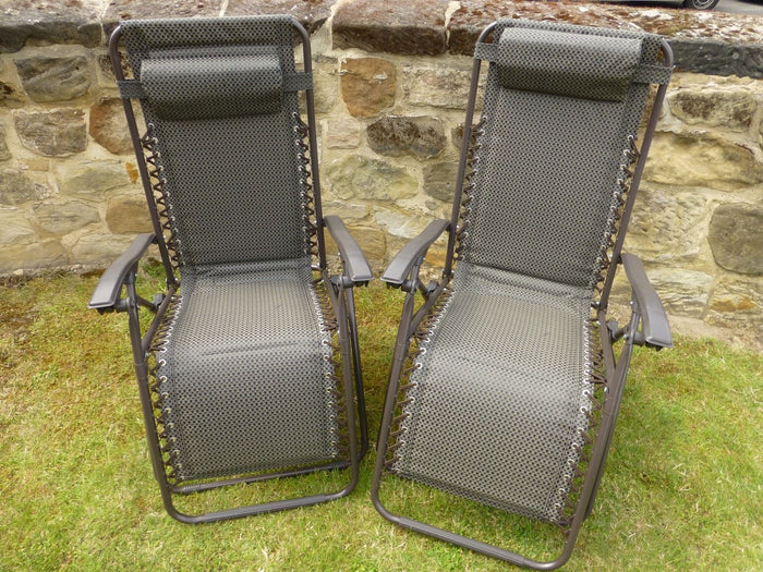 Set of 2 Brown Padded Garden Recliner Lounger Chairs