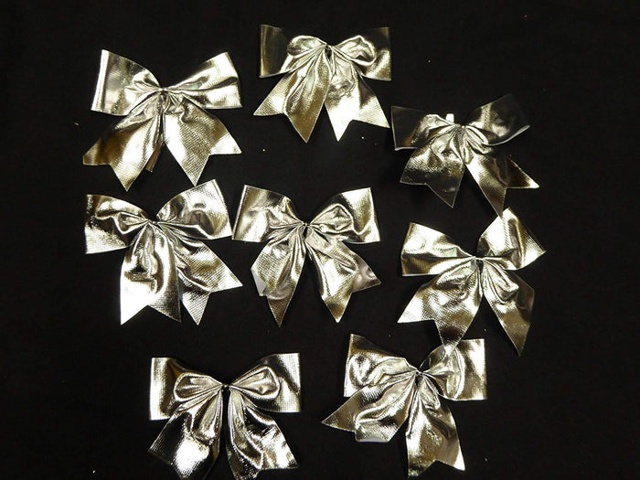 Pack of 8 Silver Bows for Garlands, Wreaths, Present Decorations, Table Decorations or Cakes.