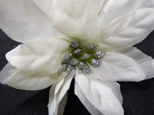6ft 1.8m White and Silver Poinsettia Artificial Garland Christmas Decoration
