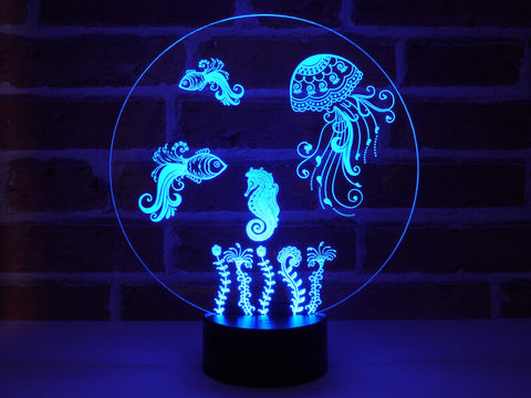 Image of Lampe Illusion Led Aquarium, en verre acrylique gravée au laser