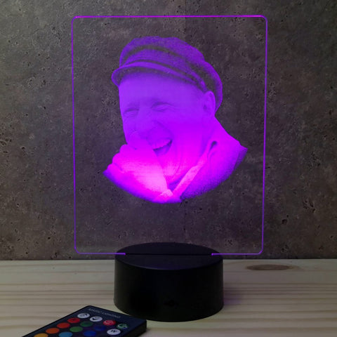 Image of Lampe Bourvil illusion Led, en verre acrylique gravée au laser