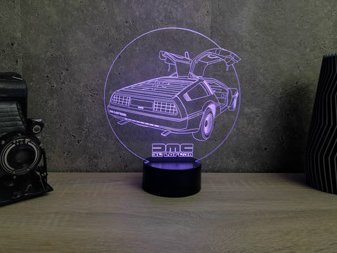 Image of Lampe Illusion Led De Lorean, en verre acrylique gravée au laser
