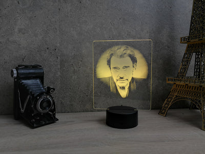 Lampe Johnny Hallyday illusion Led, en verre acrylique gravée au laser