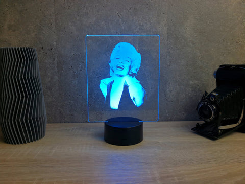 Image of Lampe Illusion Led Marilyn Monroe, en verre acrylique gravée au laser