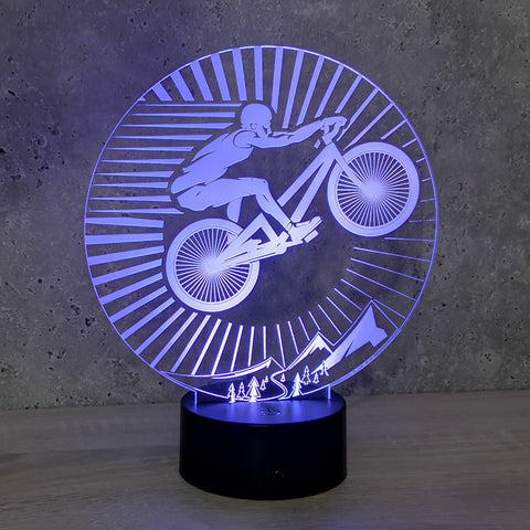 Image of Lampe Illusion Led VTT, en verre acrylique gravée au laser