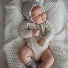 Load image into Gallery viewer, Grey | Merino Wool Bonnet & Booties