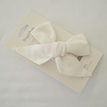 Load image into Gallery viewer, White Linen | Bow Headband