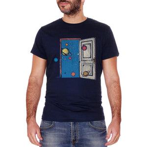 T-Shirt Door Universe | Porta Per L'Universo | Vista Sullo Spazio | Vedere Lo Spazio Dalla Stanza | The Space | Choose Ur Color - SOCIAL
