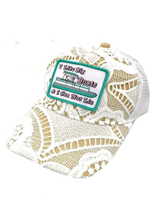 "JUDITH MARCH ""I LIKE BIG BOATS AND I CANNOT LIE"" PATCH - CROCHET HAT"