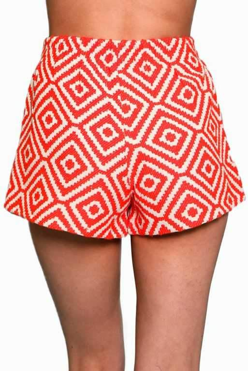 RED & CREAM GEO JACQUARD SHORT W/BIRD EMBROIDERY
