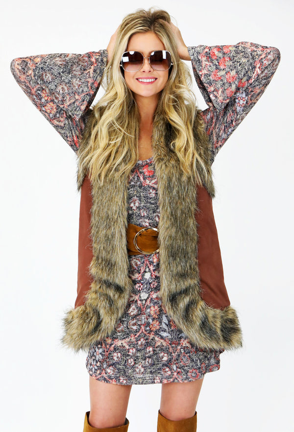 JUDITH MARCH MULTI COLOR FAUX SUEDE VEST W/ FUR TRIM DETAIL