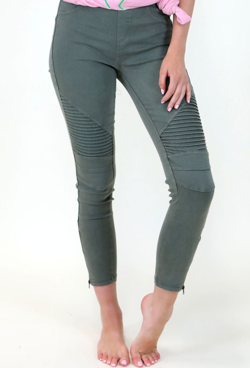GREEN MOTTO LEGGINGS