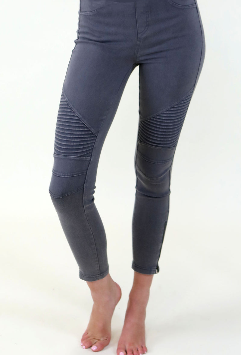 GREY MOTTO LEGGINGS