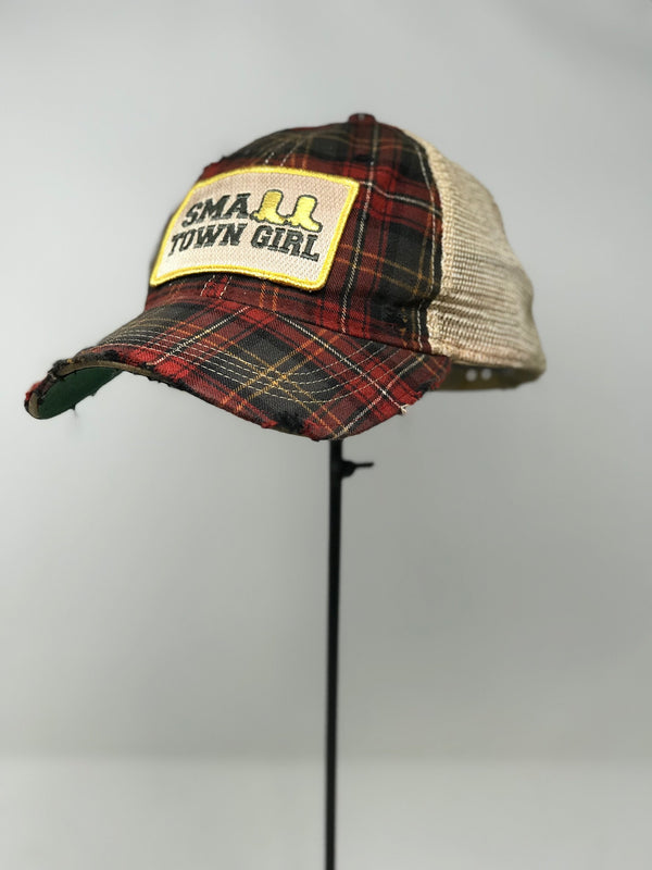 PLAID SMALL TOWN GIRL HAT