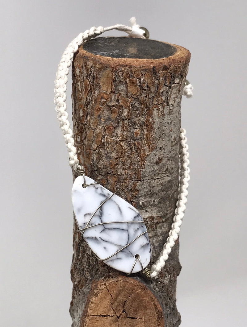 WHITE STONE BRAIDED BRACELET