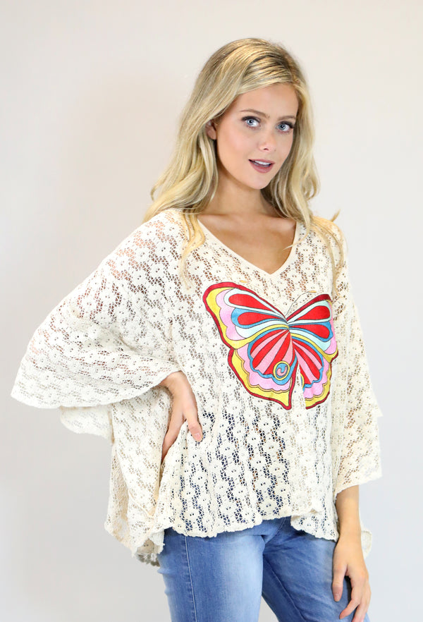 JUDITH MARCH NATURAL CROCHET TOP W/ BOLD COLOR BUTTERFLY EMBROIDERY