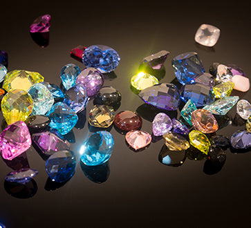 articles/10_Blog_Sep_2021_-_The_Royal_Purple_Heart_Diamond_-_An_Attraction_for_All.png