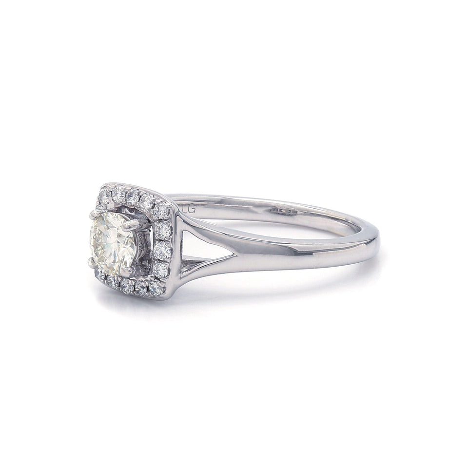 Halo diamond 14k Gold Engagement Ring