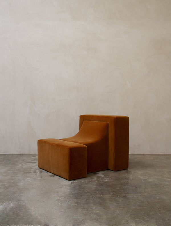 Estudio Persona Block Chair