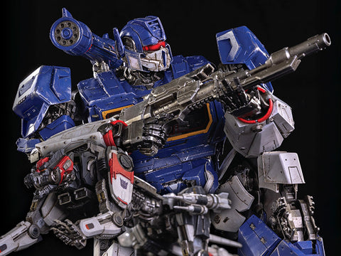 Soundwave and Ravage-  Bumblebee DLX Scale Collectible Series