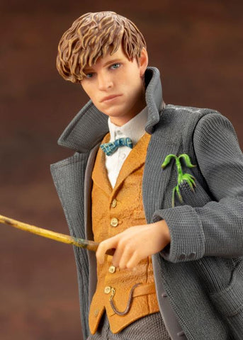 Fantastic Beasts: The Crimes of Grindelwald ArtFX+ Newt Scamander Statue