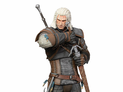 The Witcher 3 - Wild Hunt: Deluxe Heart of Stone Geralt Figure (with interchangeable heads)