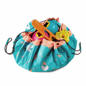 Outdoor beach storage bag play