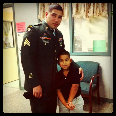 Soldier visiting son for veterans day