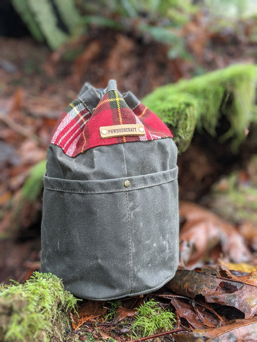 Green Cedar Bucket Bag with Outside Pockets and Flannel Trim