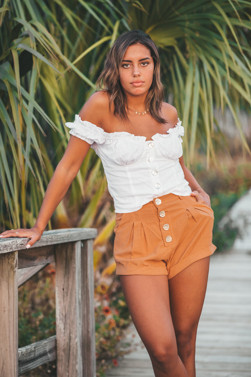 Days of Summer Shorts In Tan