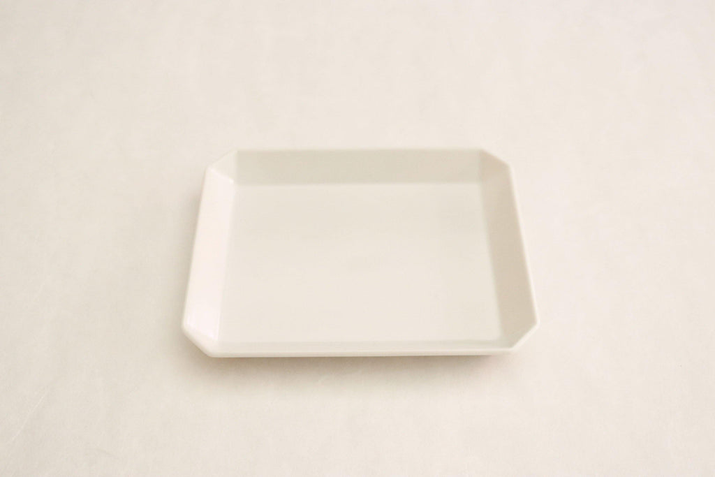 "TY""Standard"" Square Plate 130"