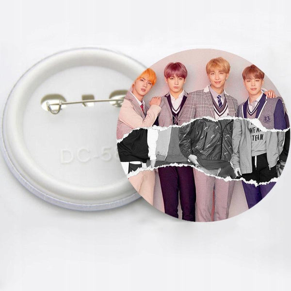 """BTS BANGTAN BOYS IDOL"" BADGE"