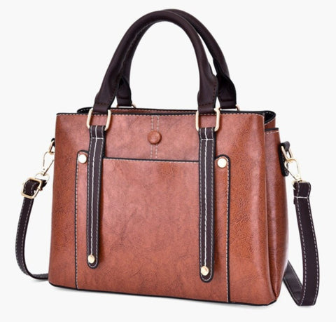 Bolsas Faux Leather Crossbody Messenger Bag - Front View - The Store Bags